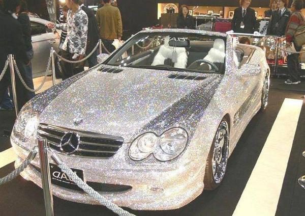 Saudi Prince Alwaleed owns a diamond encrusted $48 million Mercedes and he charges $1000 just to touch it. http://t.co/vdvY8mzsET