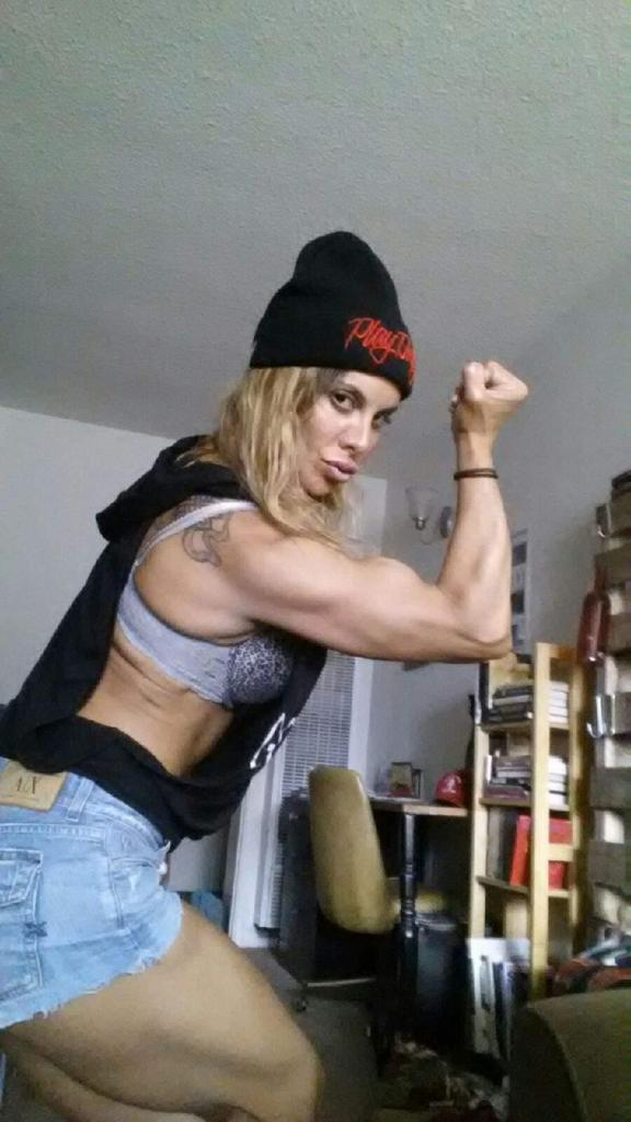 Athena Lee (@BuffGoddess): No I don't do ANY drugs thank you but keep asking me that. # Ilikethatshit http://t.co/tHICEb22VF