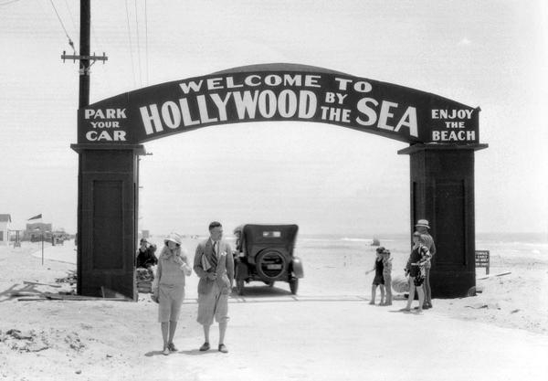 "In 1926, a Ventura County beach—50 miles from Tinseltown—became ""Hollywood-by-the-Sea."" http://t.co/1WupgUAaFc http://t.co/pIpsb3GTV4"