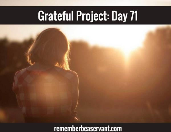 """Do you believe you can change the world from a single thought?  RETWEET """"change the world with me"""" #gratefulproject http://t.co/SYUTueCGqp"""