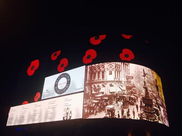 The roll of honour has started at the famous Piccadilly Lights #WestminsterRemembers #LightsOut http://t.co/Y2yASZ55eE