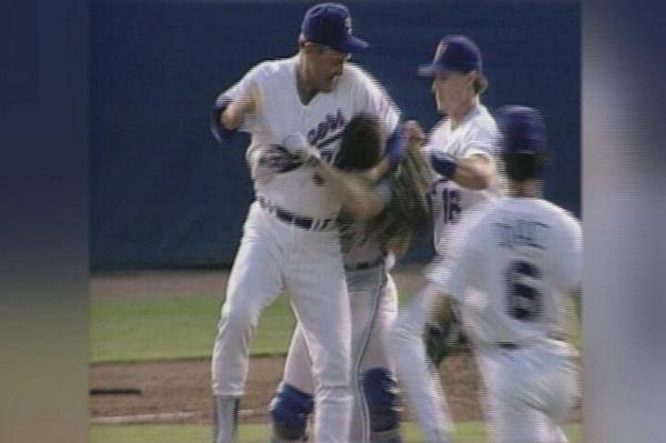 FOX 4 Sports (@KDFWsports): Never gets old...21 years ago today, Nolan Ryan did this to Robin Ventura. #HappyAnniversary http://t.co/YYXKx1ebKk