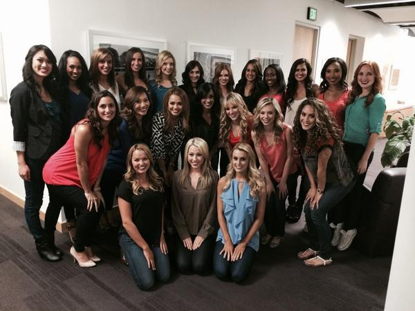 Contracts are signed! These are the 2014-2015 Laker Girls! http://t.co/jMaXHTddf0