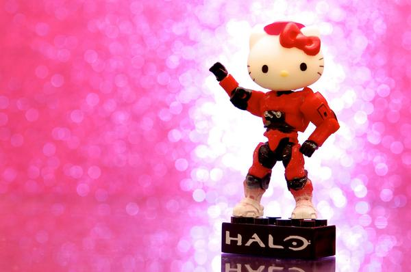 New Photo: Halo Kitty. Ready for cat-aclysm! Inspired by @MegaBloks, @Halo, and @hellokitty. http://t.co/m0CgPvtUCk http://t.co/nCKNdPd78U