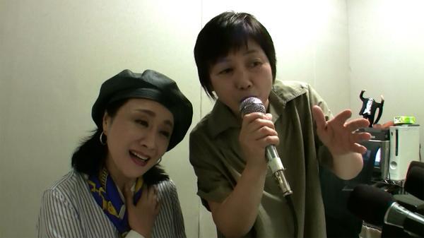 夏コミ、小林幸子さんと合同でおまけCD「林檎華憐歌・小林幸子さん&母」を頒布することになりました!詳細はまた後ほど!ありがとうニコラジ!!!!!!! http://t.co/J65KRcR8I5 http://t.co/OOzTahma2F