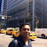 New York nagaram urangum pothu thanimai thanimayo... http://t.co/NkAFFOvdqW
