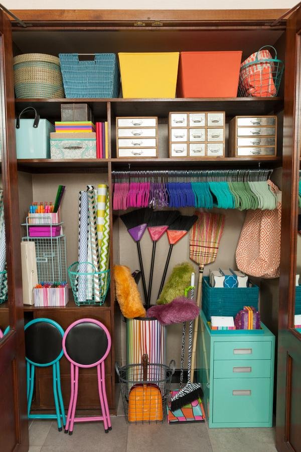 You know you're grown up when this becomes your dream closet. http://t.co/Mp0rLaXwrl