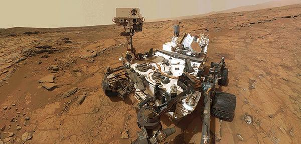 .@MarsCuriosity celebrates #2YearsOnMars. BP's @Castrol lubricants are out of this world - keeping the rover moving. http://t.co/MPkiF5uVlG