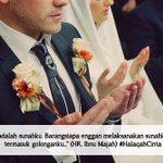 Smoga diberi kmudahn dalam menjalankan salah satu sunnah:menikah :) ll Buku #halaqahcinta http://t.co/Q0OqSTmv1m