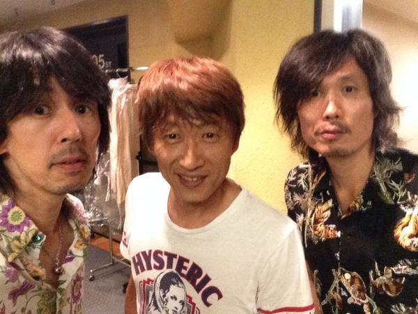 【本日の県人会】となりのスタジオに川西センパイが! http://t.co/we8yFT7chz