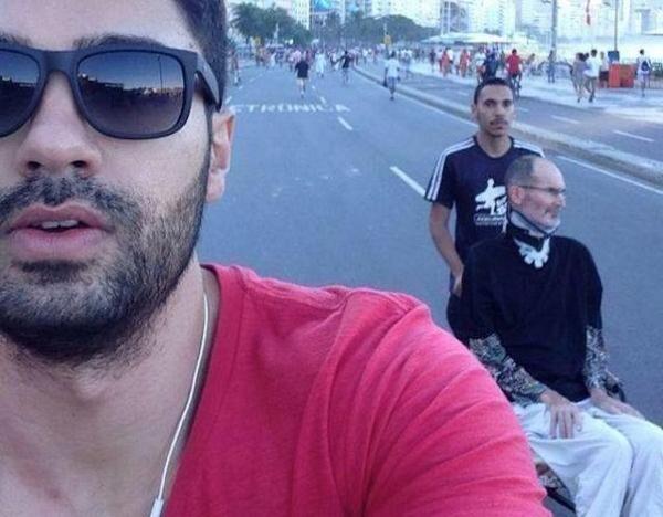 Is Steve Jobs alive in Brazil? http://t.co/zwSiYanRvD http://t.co/7RyFHjxiRN