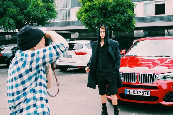 photo shooting with @JoesDaily and a great model wearing @alekskurkowski #bmwstories #bmwx4 http://t.co/GNq0HA0gdT