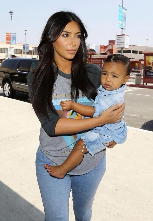 I can't deal!! She's tooooooooooo adorable. http://t.co/a6LodJdFzR