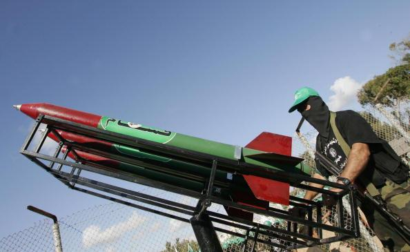 #Hamas lanza cohetes contra #Israel a horas de terminar tregua. http://t.co/3KtJEDMfJE