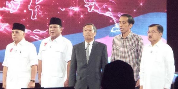 Capres paling stres sedunia → RT @kompascom: Prabowo-Hatta Minta Jokowi-JK Didiskualifikasi http://t.co/gqqtZNxY35 http://t.co/WftFd5gWMa