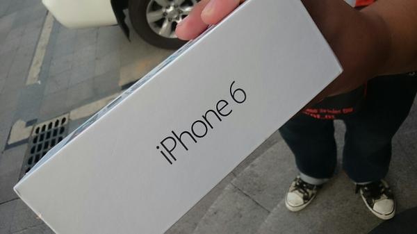 iPhone6が世界最速販売してる中国。流石である。 http://t.co/VaIpIsHH5r
