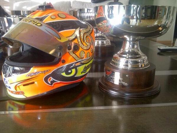 Hoy junto a @ramiroarte sorteamos el casco... Recorda hacer RT y seguirnos!! http://t.co/HMJtHBeiDe