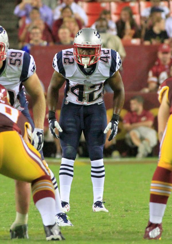 NE DB Travis Hawkins (Qunice Orchard HS, MD) last night against the Redskins. Representing: #mocofb @UCoach_Mac http://t.co/GFVvagppNE