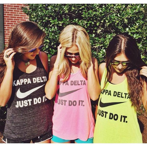 AWESOME fan photo from the wonderful ladies of @KDeltalambda http://t.co/1yBuZsqb0m