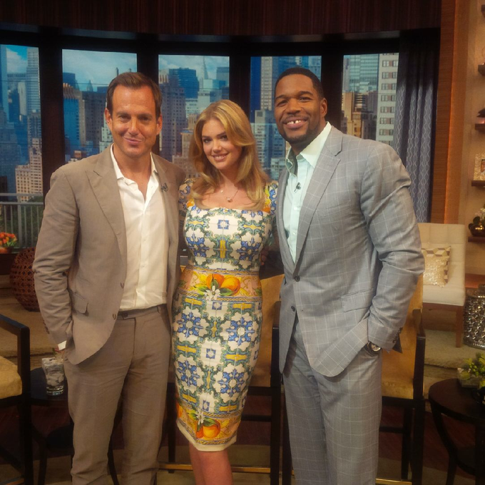 Kate Upton @kateupton: Had so much fun with @MichaelStrahan and @arnettwill on @kellyandmichael! http://t.co/fesUWbDeXJ