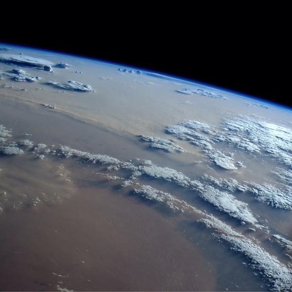 Andrea Butera (@AndreaButera): @JimCantore So cool!! RT @astro_reid: Monster #sandstorms rolling across #Africa today. http://t.co/AWF1gpQpXc
