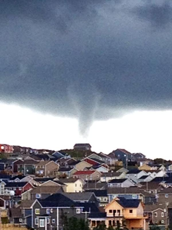 What a picture!  Great shot of the funnel cloud over Paradise this afternoon. Thanks to Tia Broderick. #nlwx http://t.co/lvaShwAUxa