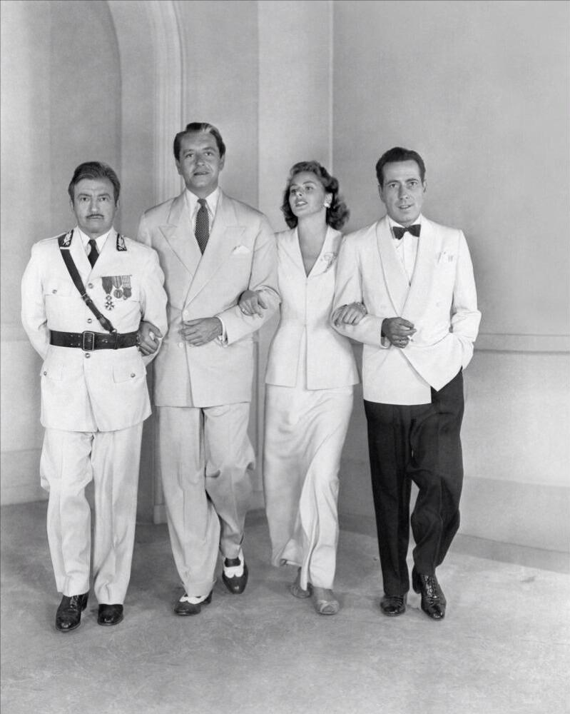 RT @condensadorfl: Detr?s de las c?maras de 'Casablanca' (1942) http://t.co/6IWiNW0hfD
