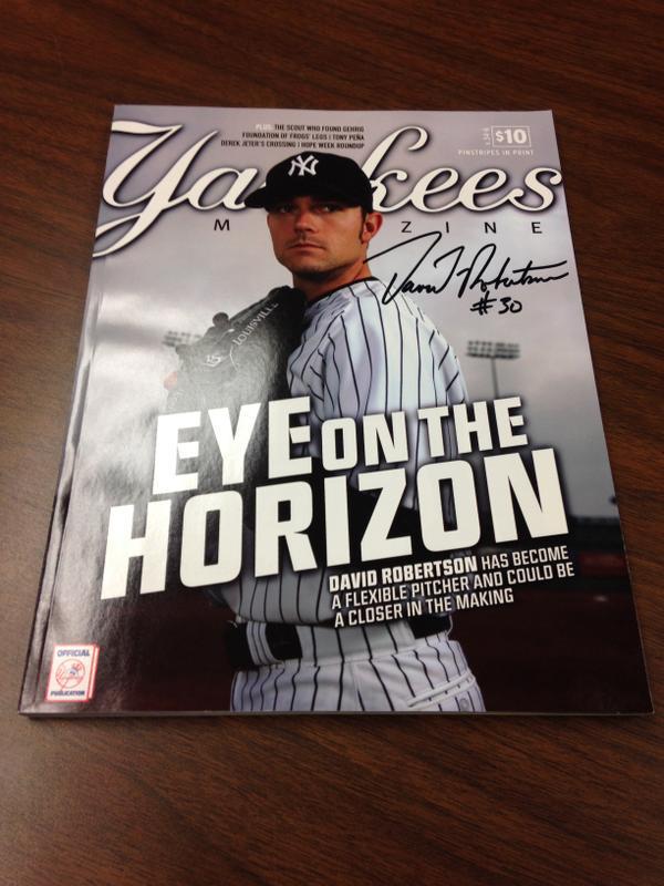 Giving away @DRob30 signed Yankees Magazine - RT by 11am tmrw 4 chance 2 win! @MiLB #MascotMania #VoteRookieThunder http://t.co/W68vZAQtBF