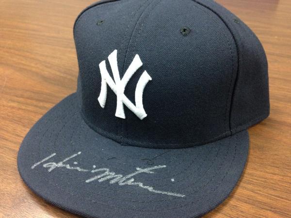 Giving away Hideki Matsui signed @Yankees hat! RT by 11am tmrw 4 chance 2 win! @MiLB #MascotMania #VoteRookieThunder http://t.co/cDbU0vHaJx