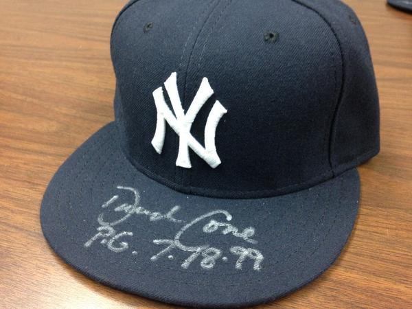 Giving away @dcone36 signed Yankees hat - RT by 11am tmrw 4 chance 2 win! @MiLB #MascotMania #VoteRookieThunder http://t.co/EJK3XigWtO