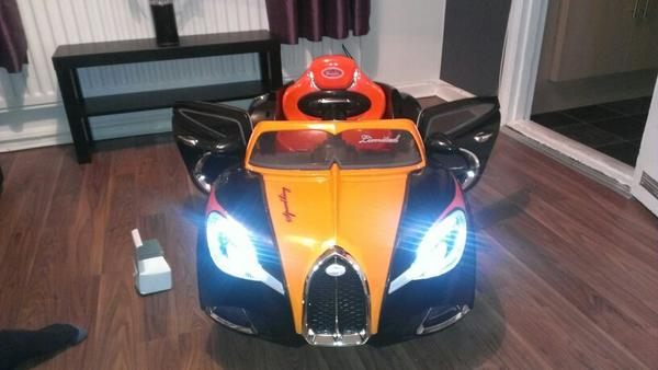 #mclarenf1..dear McLaren n Jenson that wud look great next to my grandsons Buggatti.. he is 1 tomorro.. http://t.co/2cTjc60apI