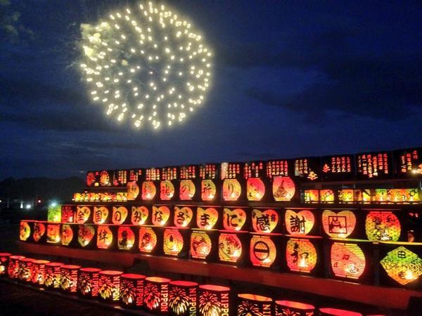 今年も夜空に夏の花咲いた 田老のみなさん ありがとう(^ ^) http://t.co/Ejp6uM4bGw
