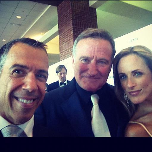 RIP Robin Williams. Funny, gentle, and a friend to @MarleeMatlin and myself.  Just can't believe this genius is gone http://t.co/TQxCLbDcQU