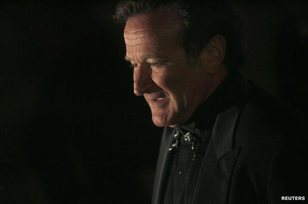 Hollywood actor Robin Williams has died. Police believe he committed suicide. More on #BBCNewsday at 0200 GMT http://t.co/HYTv6Lxnnr