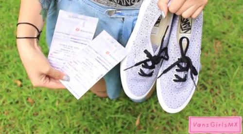#KissMyVans Survival kit de @mirandaibanez para @CeremoniaXXX y gana unos boletos +  Vans  http://t.co/nnPm71PY0L http://t.co/vT5bAQrR2I