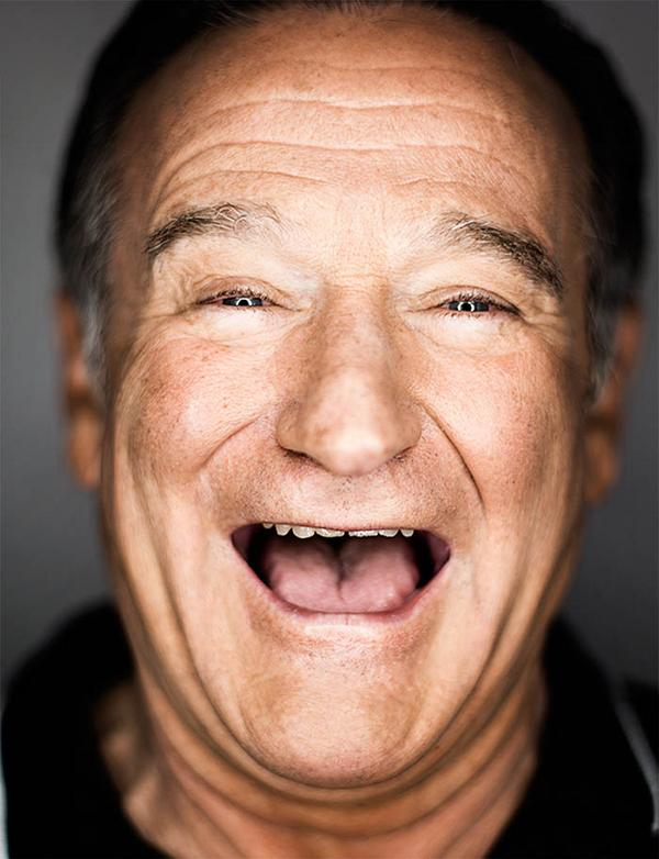 Rest in peace, Robin Williams. You made us laugh and love and cry over and over again, and you will be missed. http://t.co/Poi4FrDjA0