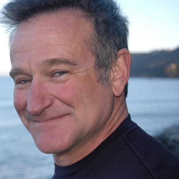 We have lost one of the greatest artists of our generation. #RIP @robinwilliams http://t.co/uJVpwL9M3o