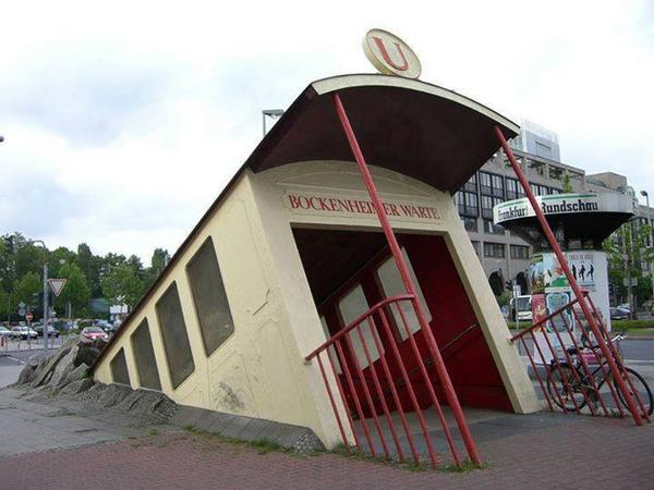 Awesome subway entrance in Hessen, Frankfurt, Germany. http://t.co/FsAwrrZ9r8