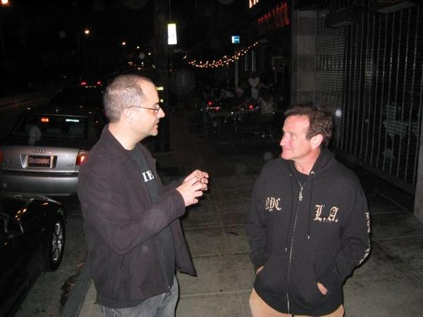 I met #RobinWilliams once at UCBLA where we both did stand up. He took the time to compliment my work. Cool guy. #sad http://t.co/EgWfi2PnSX