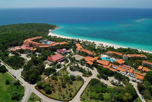 RT @MeliaCuba: Find the five differences #SolLunaMares #MeliaCuba #CubaTravel @GaviotaTurismo http://t.co/yU5w3cDkXP