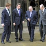 This is me teaching Danny Alexander and David Cameron (and John Swinney) how to walk. #VoteYes #SexySocialism http://t.co/ZYtMg2i5vF