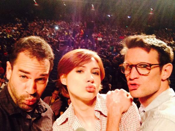 .@SelfieABC w/ @KarenGillan2 debuts 9/30 so she, Matt Smith & I did duckface w/ 2,000 selfie Chicagoans #WWChicagoCC http://t.co/L30SM3qSxu