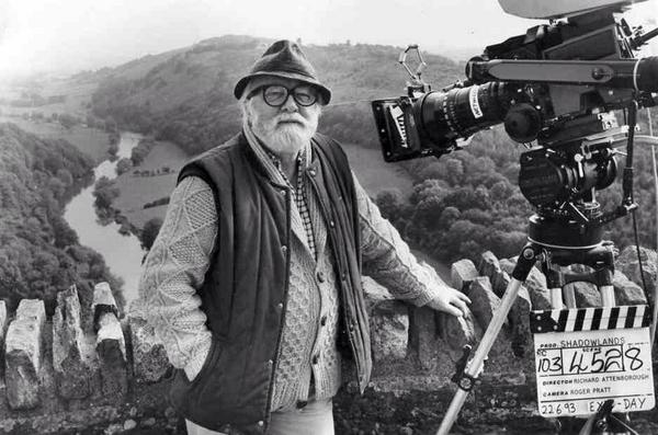 We are deeply saddened to hear that the great Richard Attenborough has passed away. RIP http://t.co/i9vU8O8g0J http://t.co/FCjRWsfix0