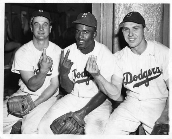 April 26th, 1949. Gene Hermanski, Jackie Robinson and Gil Hodges pose together after turning a triple play. http://t.co/Y1Jyx3ze0Z
