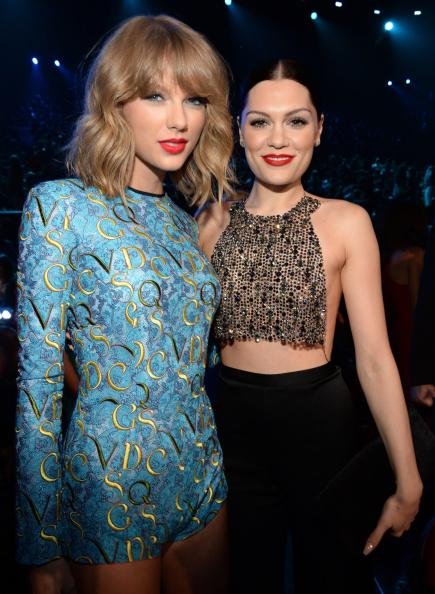 Taylor and Jessie J at the 2014 MTV Video Music Awards http://t.co/MyO8CTTciQ