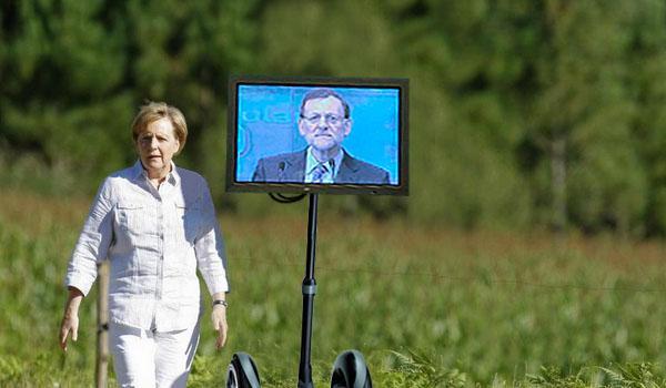 Merkel and Rajoy walking as pilgrims to Santiago (vol. 2)  http://t.co/ePPkuSOxqI