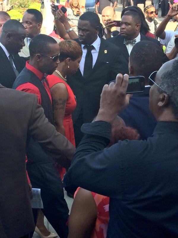 "As #MikeBrown's mother arrives a woman in crowd breaks the silence, ""Let Jesus take control of it."" http://t.co/2J8ZldibNx"