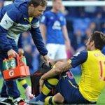 [#PL] Selon LEquipe, Olivier Giroud pourrait finalement être absent jusque début 2015 ! http://t.co/hylS432ip2
