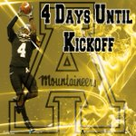 #AppNation only 4 Days until we kickoff the season! #1Team1Heart1Beat #AlwaysAttack http://t.co/Uj8Arqy3Cd