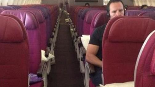 Malaysia Airlines Is Burning $2 Million Every Day as Flights Go Empty http://t.co/R7Ox3OyWVZ via @mashable http://t.co/I0W0bQ1F2H